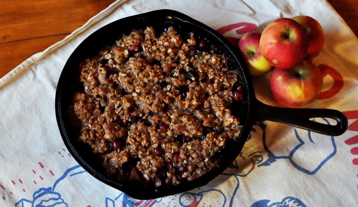 Quince Cranberry Crumble